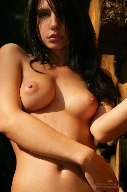 Naked Babe Monika